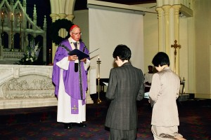 Joanne Oliver and Lucia Kwa being consecrated in 2002